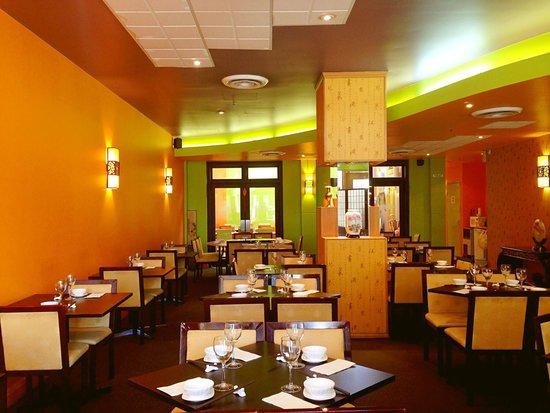restaurants in asian canberra