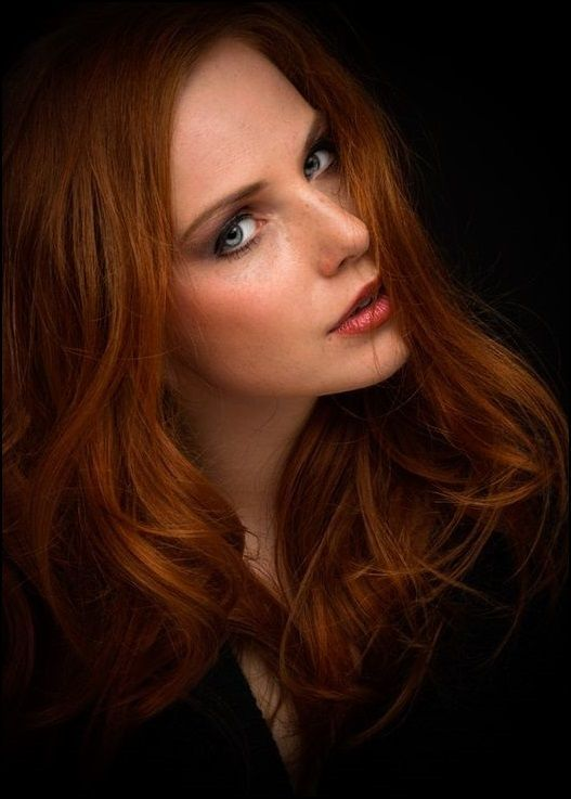 redhead babe stunning