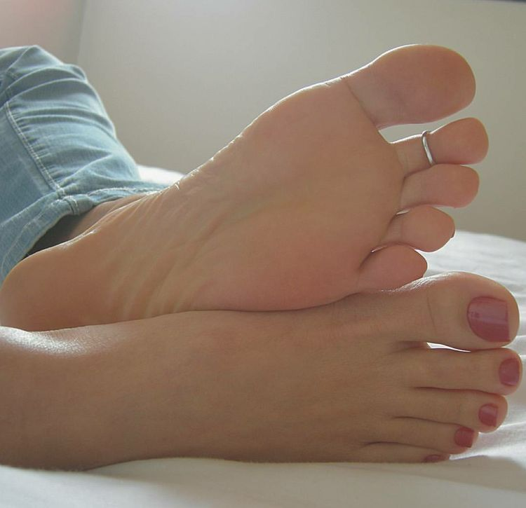 feet pictures foot