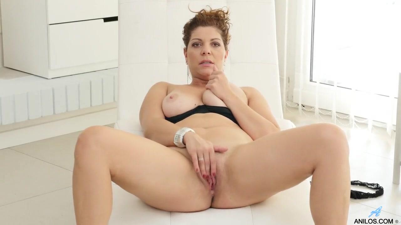 soccer thick naked mom