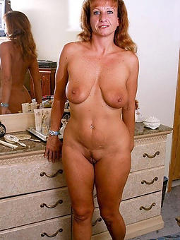 horny housewives nude