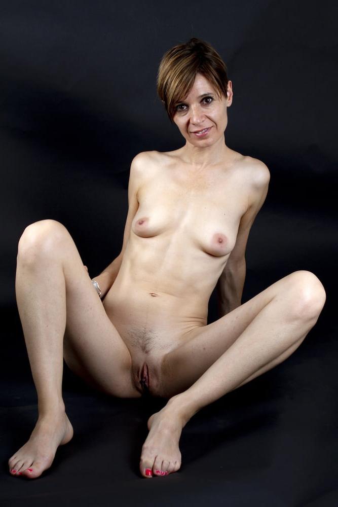 skinny sluts pics