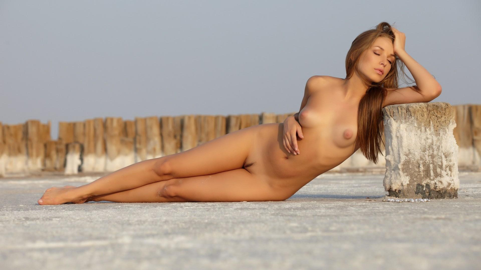 women in nude hd