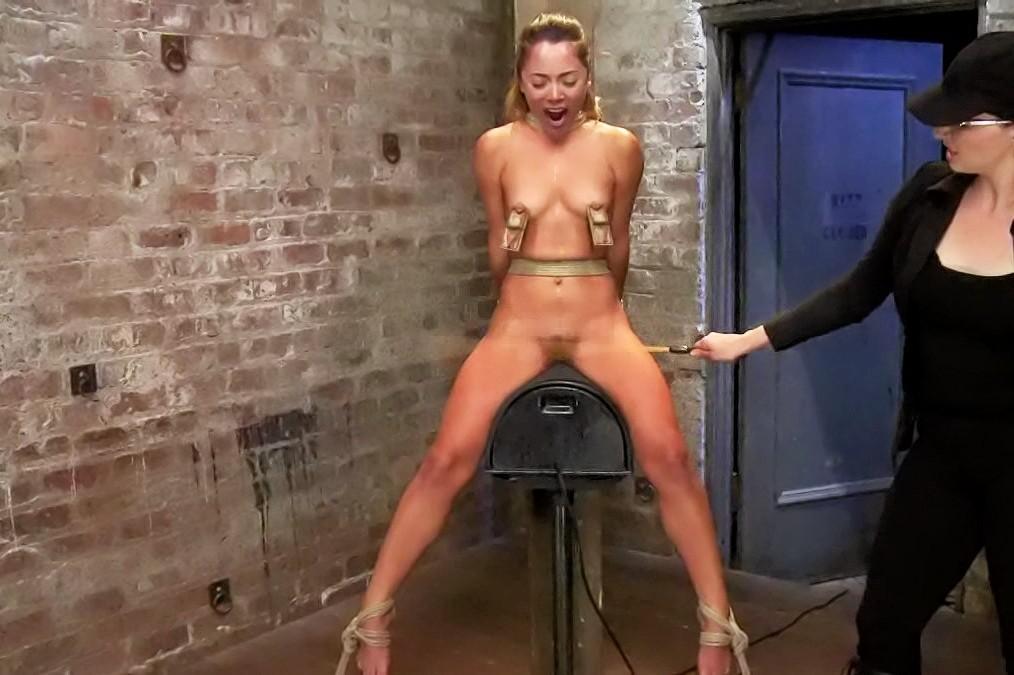 nude mpeg bondage free