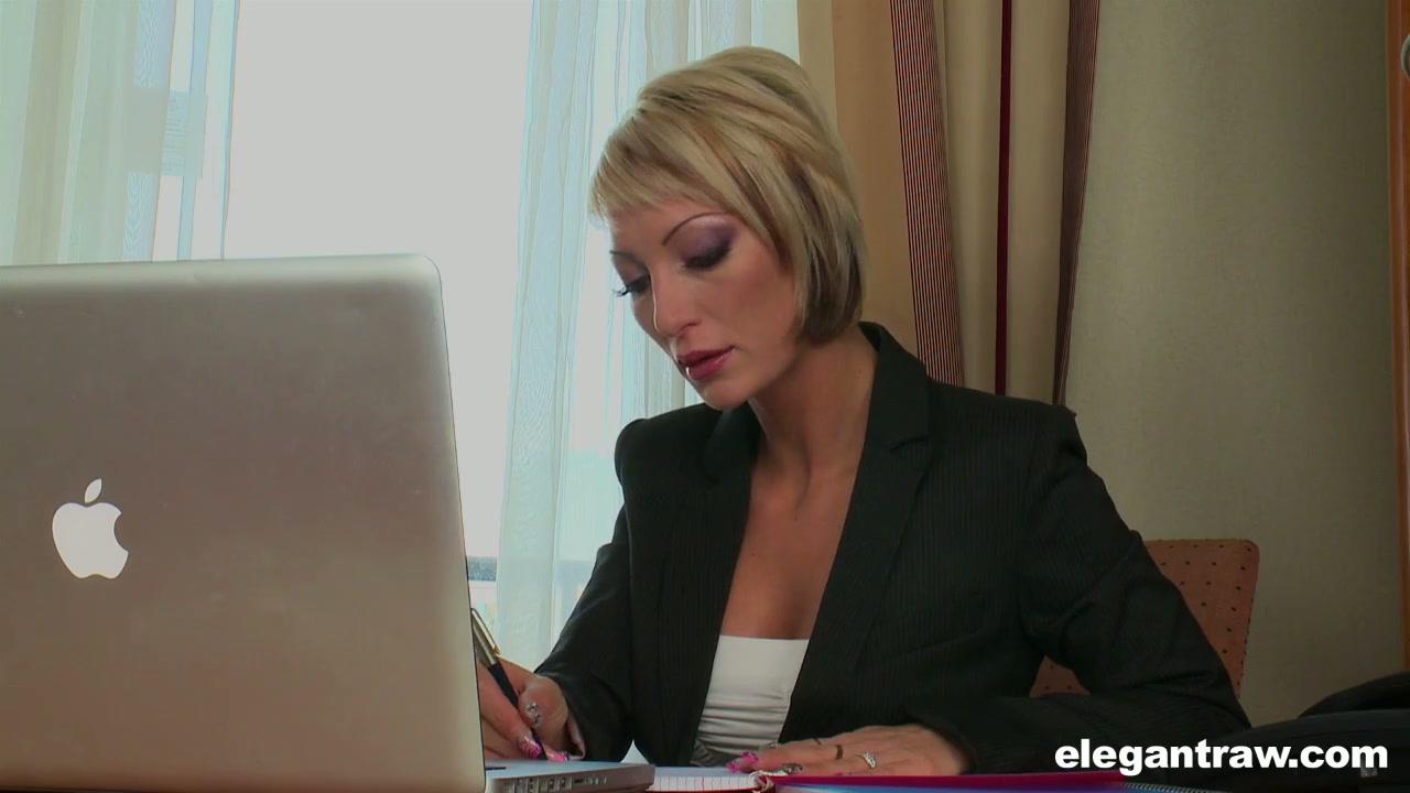 sex having girls watch online