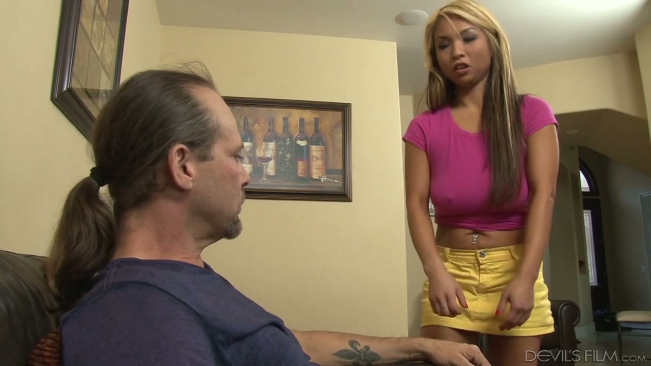 amateur wife striptease