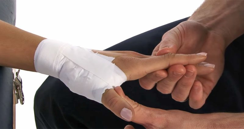 how sprained to wrap thumb
