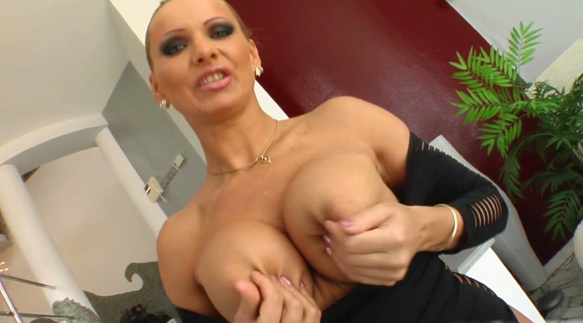 pics boobs hairy big cunt