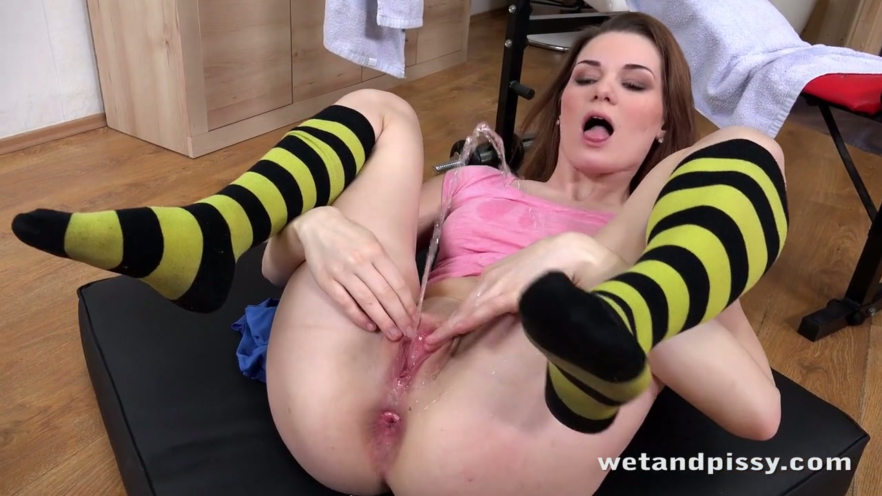 lounge the daily bbw omega dirt