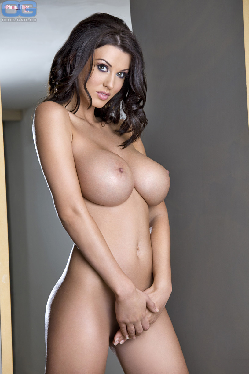 alice goodwin nude pics