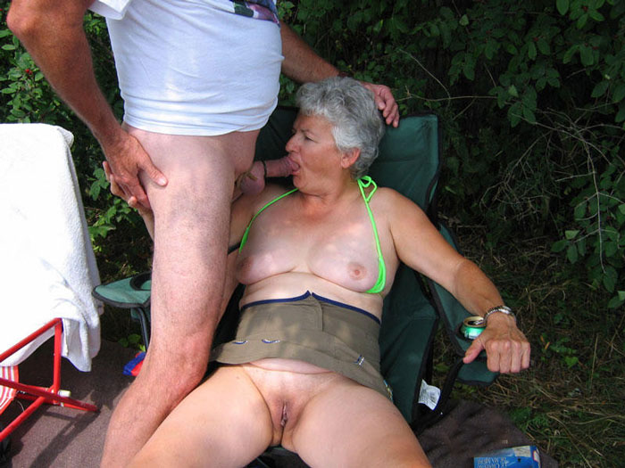 woman cock blog suck old