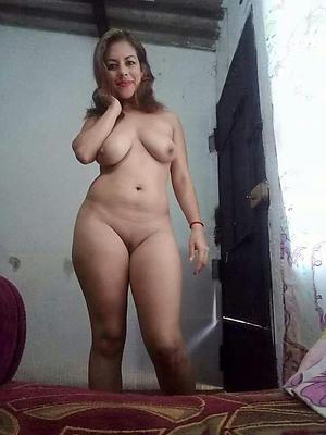 naked latin mature women