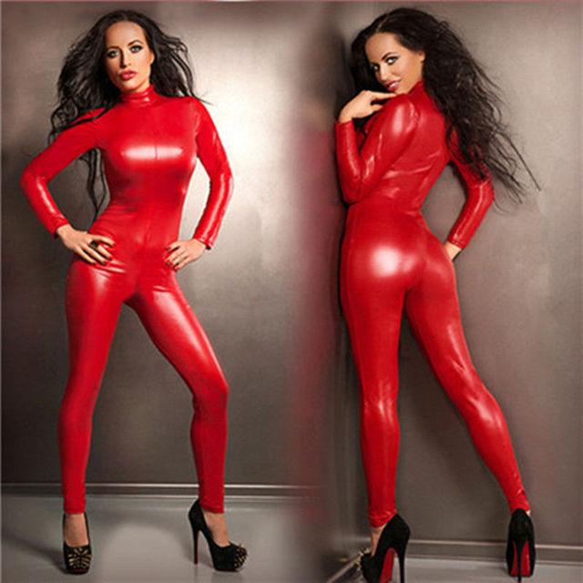 tenue vinyle sexy rouge
