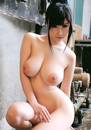 big naked boobs girls with big
