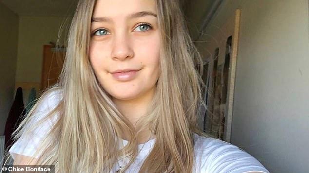 new zealand teen girl