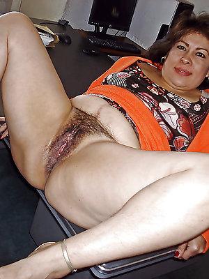 pussy mature latina