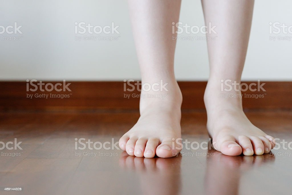 feet nude young