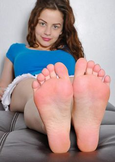feet luna vera