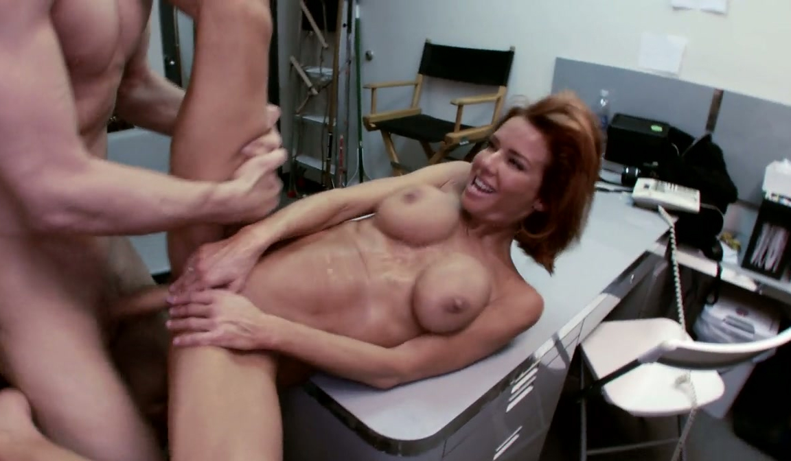 chick by young mature massaged gal