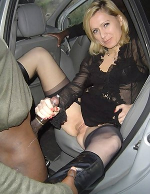 milf in naked cars pics