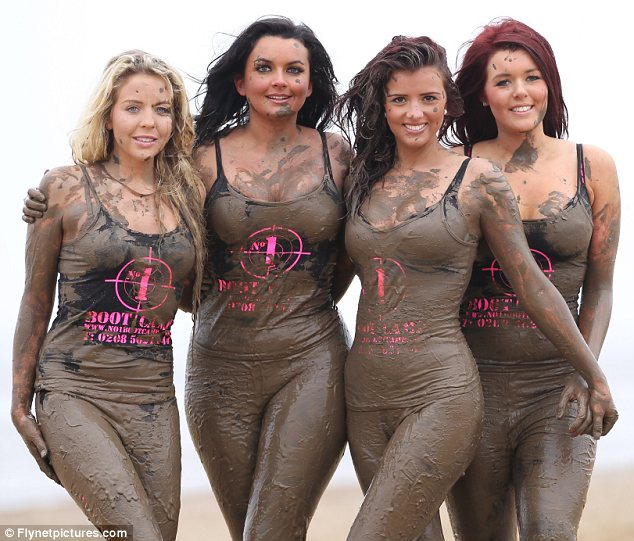 in girls fighting mud sexy