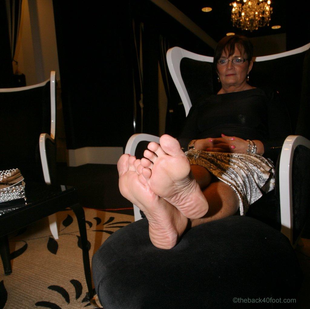 in granny foot mature face
