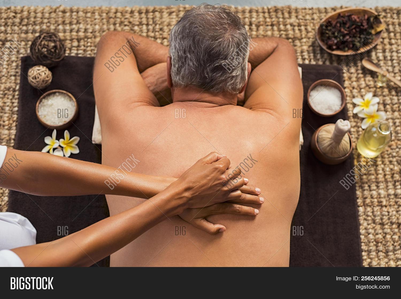 mature gets massage