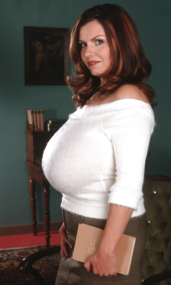sweaters big boobs in tight