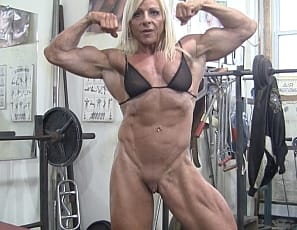 women clits muscle with mega