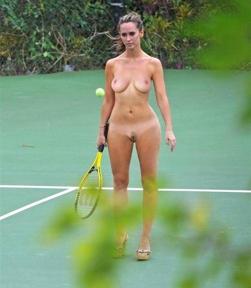nude tenis players