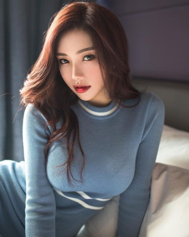 gorgeous girl gets asian
