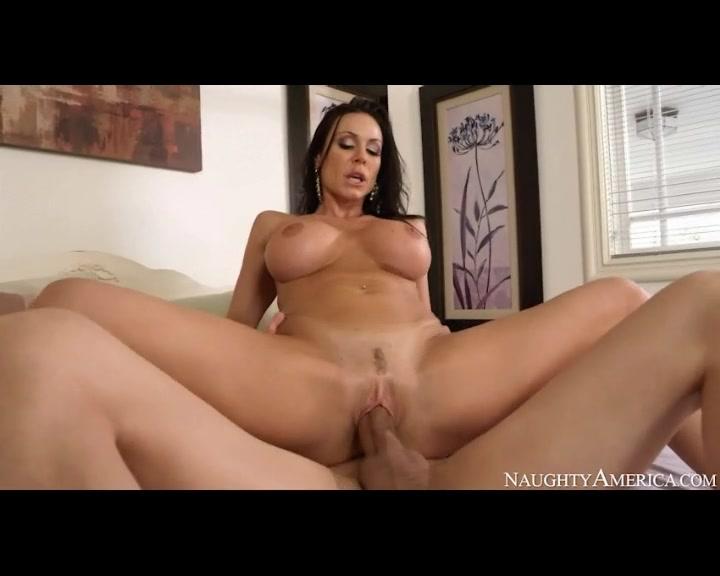 anal fisting bulge