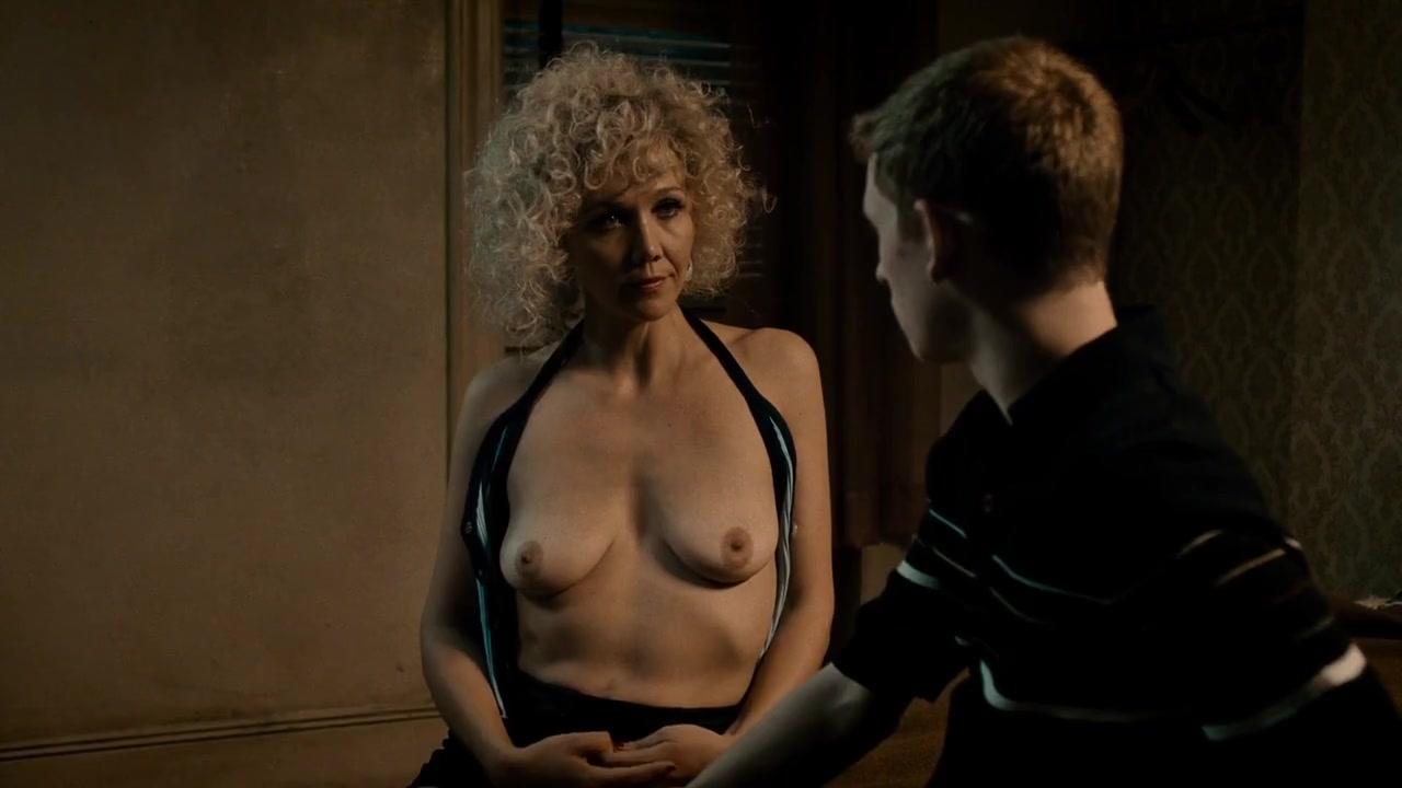 sex maggie gyllenhaal scene