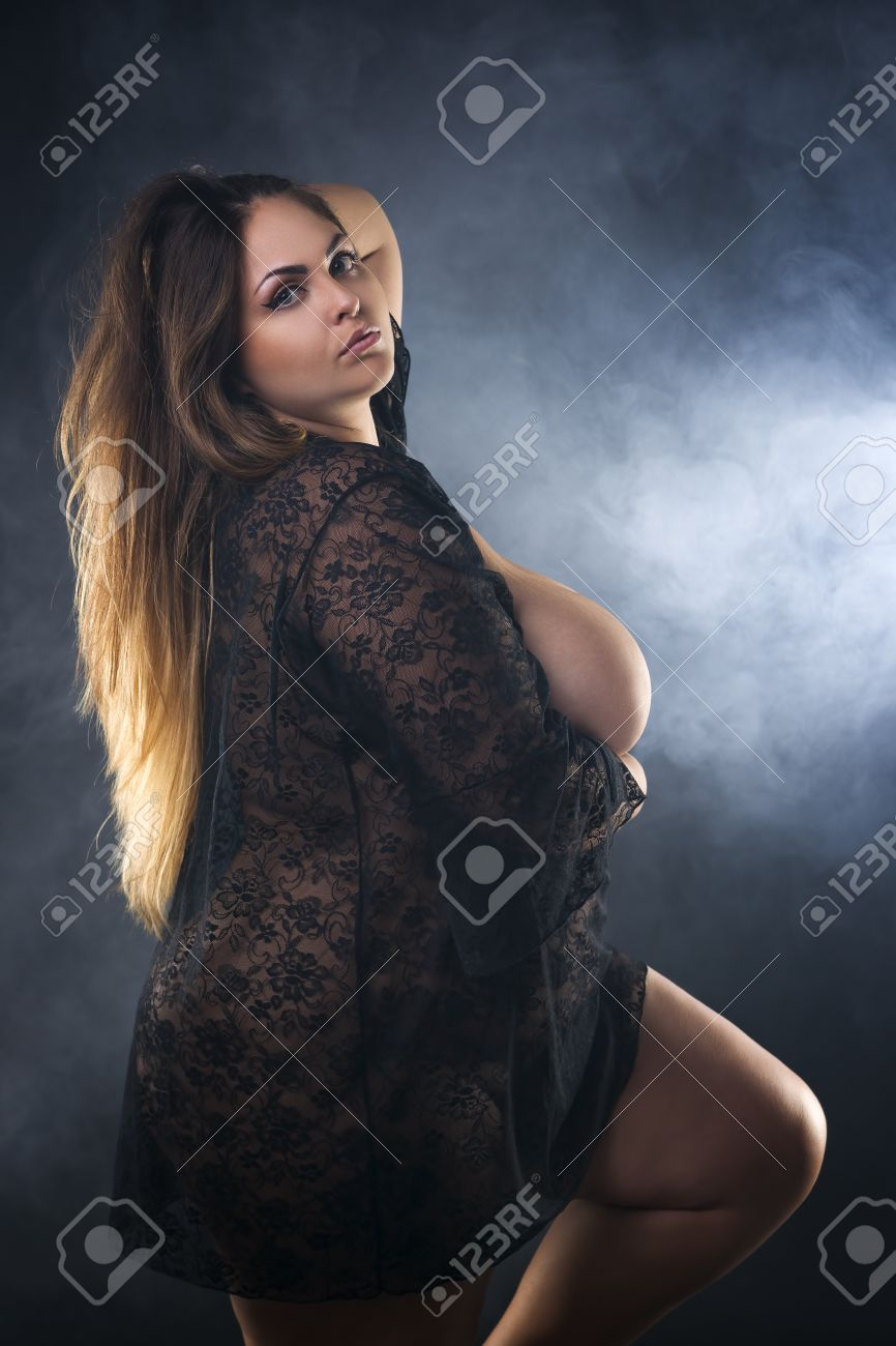 plus size nude models gallery