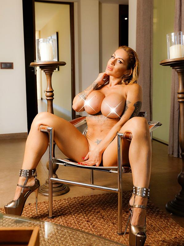 lomba naked victoria