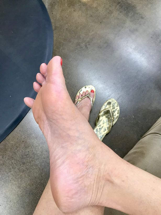 pay to lick feet
