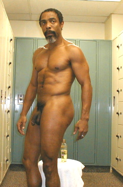 daddy nude black