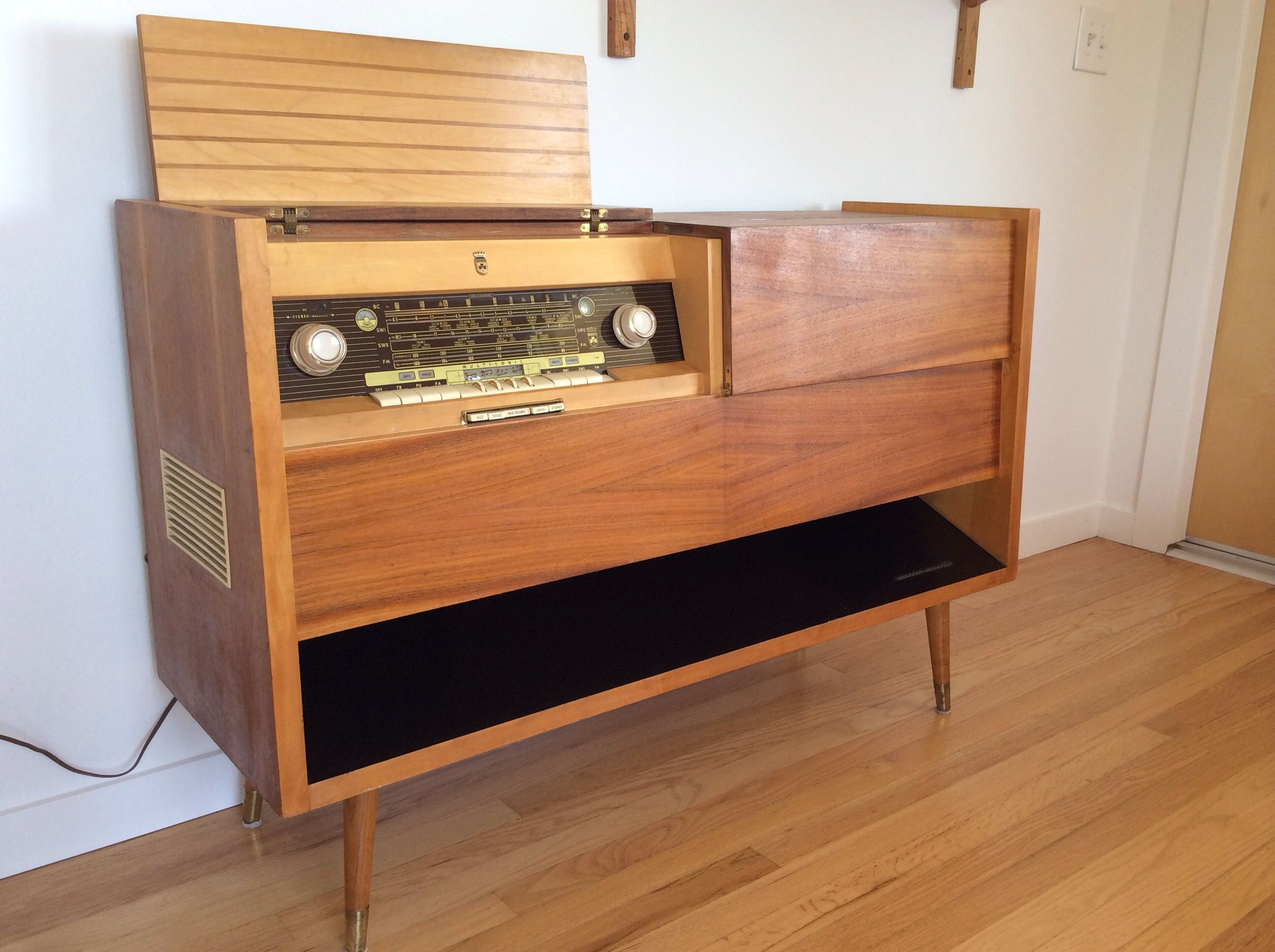 vintage stereo search