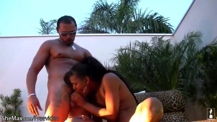 shower massage masturbation