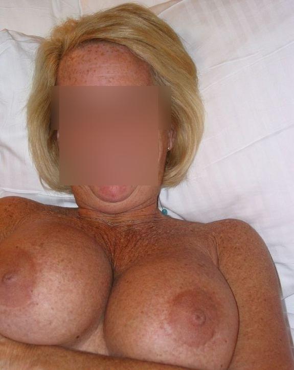 femme mature gros sein